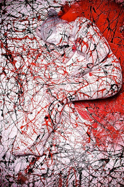 Splatter-Body-painting-398x600
