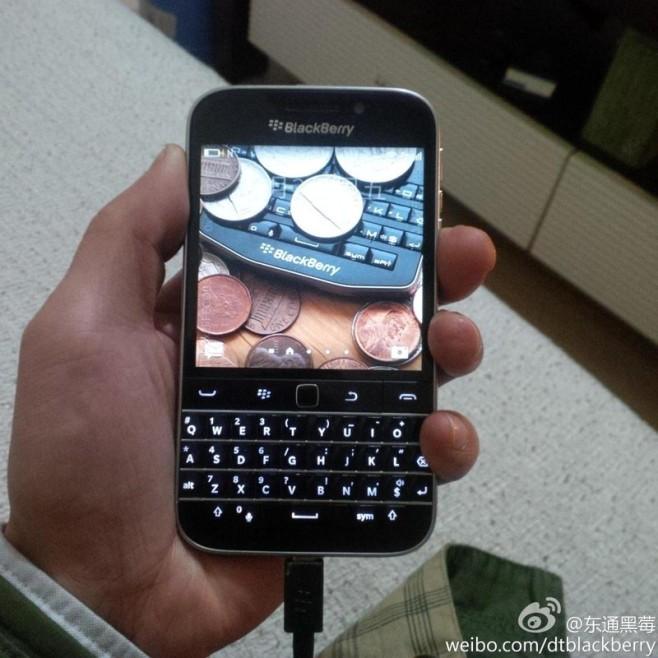 BlackBerry_Classic_1