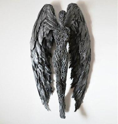 sculpture-ange-avec-ailes